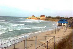 В этом октябрьском море с удовольствием купались участники семинара