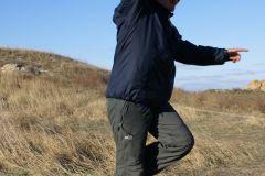 Спонтанный «танец с ветром» на утренней разминке
