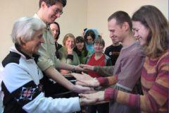 Игра «ладушки» - на ловкость и распределение внимания